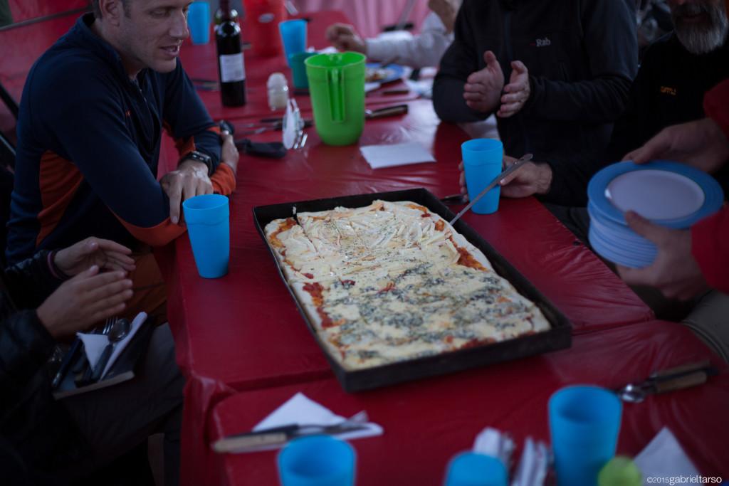 Pizza para almoço a 4300m! 2